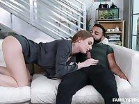 Wench Daisy Stone seduces handsome boyfriend of her stepsister