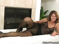 Jamie, Niki and Sofie are naughty USA women who like to masturbate in front of the camera