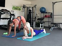 Sporty girls work out in a different manner