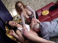 Horny mature man enjoys getting head from Leona and Sarah Simons