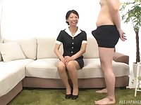 Cheerfil lady Sakurai Mika blowing a fat and hard stranger's penis