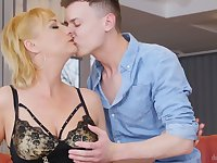 Mature pussy of really turned on nympho Victoria Hope is fucked from behind